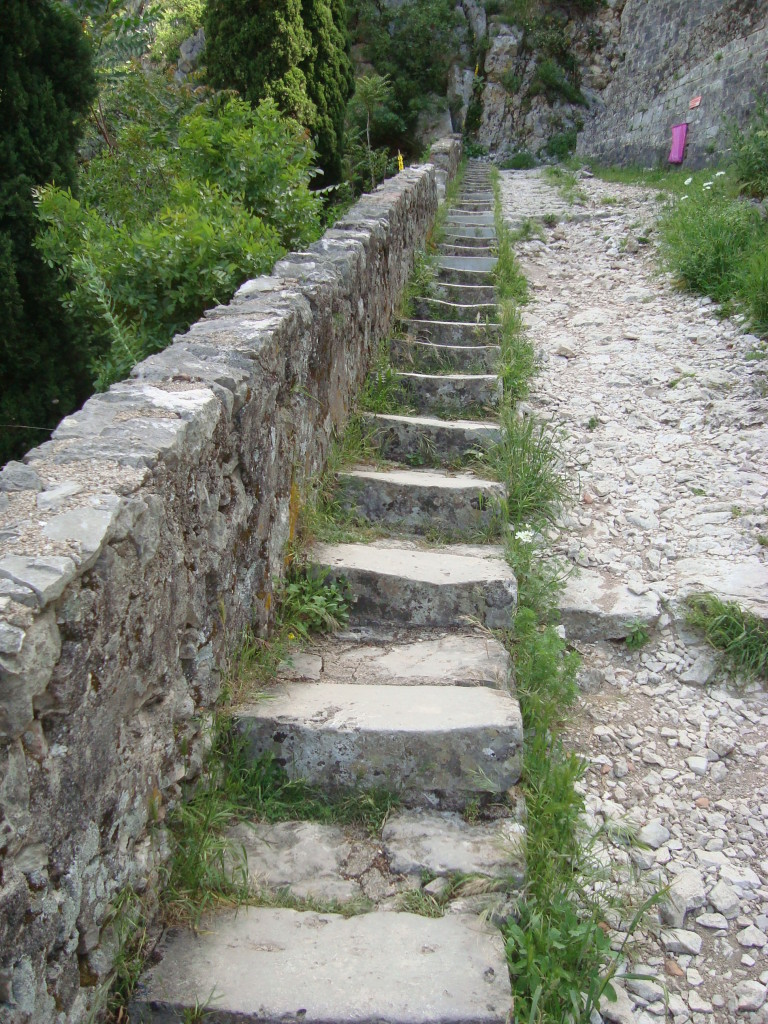 Kotor-Stairs to Fortress